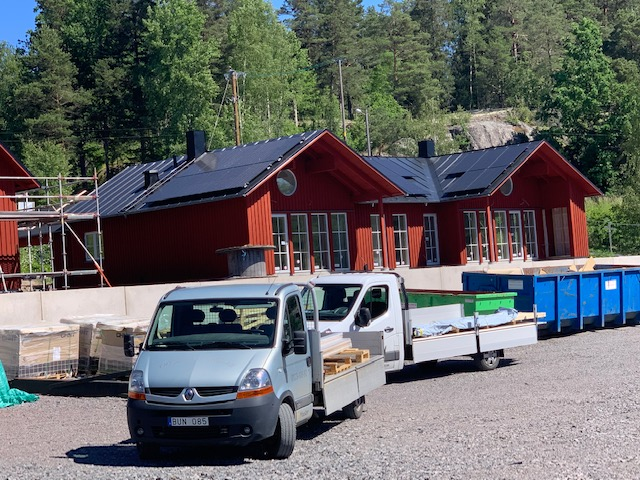 Solceller på taken i Kvarnviks Strand